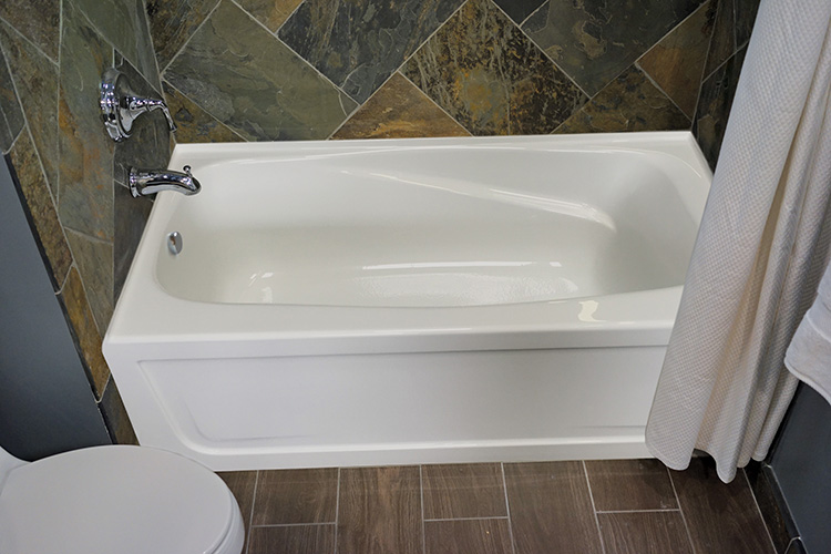 "Mystique 72"" x 32"" Right Hand Heated Soaking Bath"